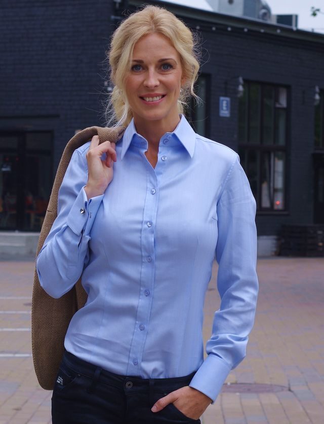Light blue shirt for women