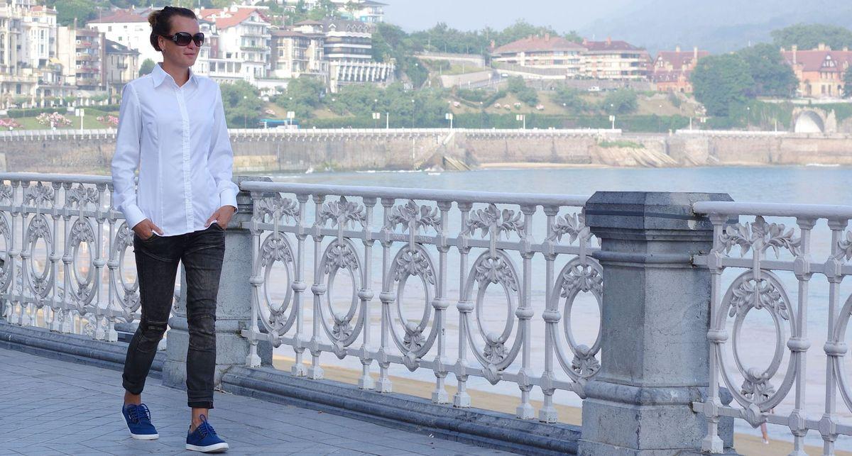 Non-iron white shirt with jeans